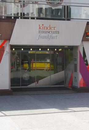 290x425_kinder-museum
