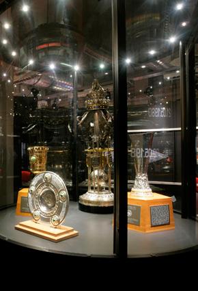 290x425_museum2